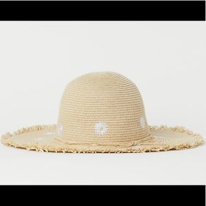 H&M Kids Embroidered Sun hat with daisies